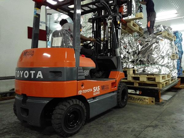 warehousing equipment rental